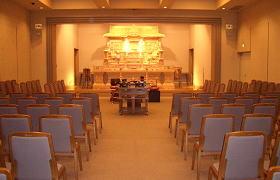 葬祭場(白木祭壇は常設)